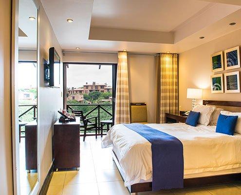 San-Lameer-Resort-Hotel-and-Spa-Deluxe-Room